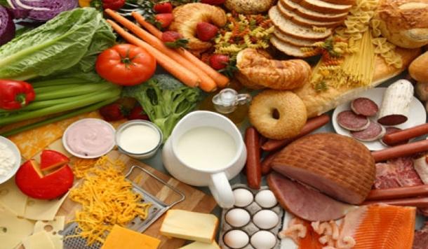Resultado de imagen para alimentos que equilibran las hormonas