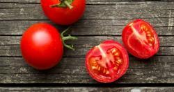 5 formas inusuales (y útiles) de usar los tomates en la vida cotidiana