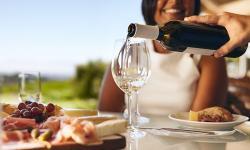 6 trucos infalibles para parecer un experto en vinos