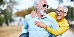 Comer menos nos hace envejecer mejor y vivir más