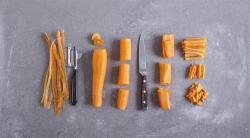 Cómo cortar zanahorias en juliana: trucos y técnicas