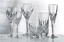 Cómo limpiar las copas para tenerlas brillantes para las fiestas