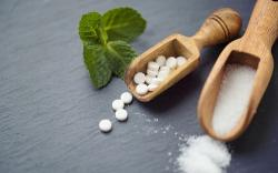 Edulcorantes cero calorías vs azúcar: quienes los usan corren el riesgo de engordar