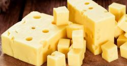 El queso con agujeros fortalece el sistema inmunológico