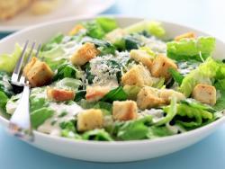 Ensalada Caesar: historia de un plato mítico