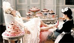 La dieta de María Antonieta: cómo perder 10 kg comiendo pastel!