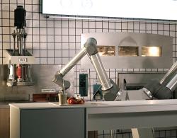 Llegó el robot que prepara... pizza!
