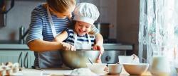 Niños en casa: porque cocinar juntos es bueno para toda la familia