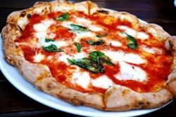 También la pizza es parte de la dieta: sus valores nutricionales