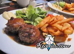 Albóndigas en salsa de Lapin a la Liégeoise