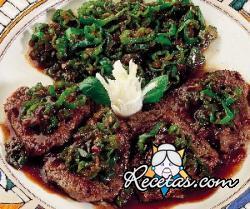 Bistecs con chiles verdes