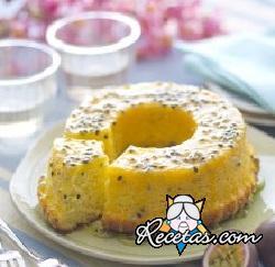 Bolo de maracujá (pastel de maracuyá)
