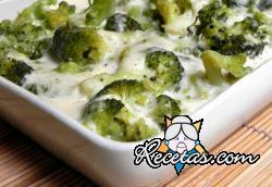 Brócoli a la bechamel