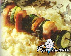 Brochette de verdura con risotto