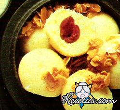 Buñuelos de papas y cerezas