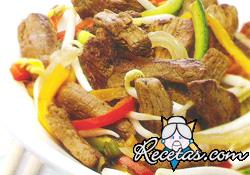 Carne al wok