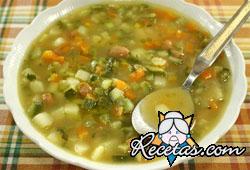 Sopa de calabacines con jamón
