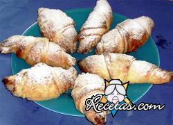Croissants rellenas