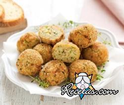 Croquetas de calabacines y pan