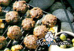 Croquetas de carne a las brasas
