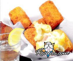 Croquetas de patata y mandioca rellenas