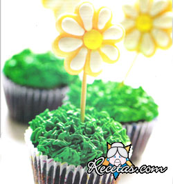 Cupcakes de chocolate con margaritas
