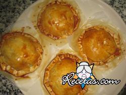 Empanadas de berenjena y queso brie