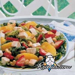 Ensalada de ave y frutas