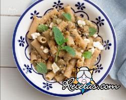 Ensalada de pasta integral berenjenas y queso feta for Ensalada de pasta integral