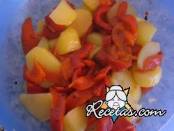 Ensalada de patatas y pimientos asados