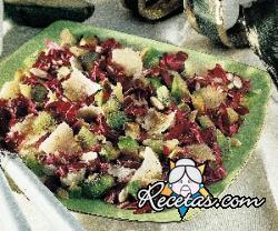 Ensalada de radicchio y kiwi