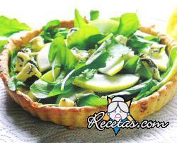 Ensalada de rúcula, peras y queso azul