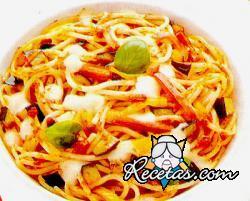 Espaguetis Mediterráneo