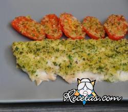 Filete de pescado al horno con tomates