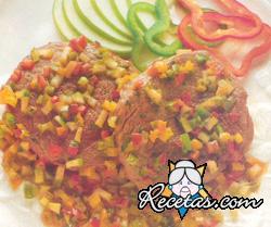Filetes en salsa de verdura y manzanas
