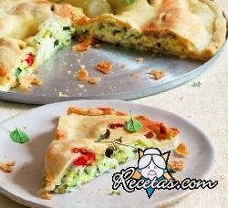 Focaccia con verduras y quesos