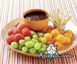Frutas en fondue de chocolate