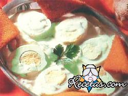 Huevos con salsa de palta