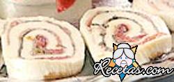 Arrollados de mozzarella con berenjena y albahaca