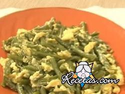 Judías verdes con huevos cremosos
