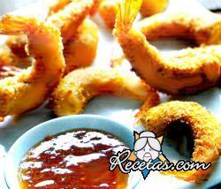 Langostinos empanados en tempura de cerveza y coco