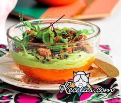 Mousse bicolor de zanahorias y aguacate