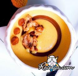 Mousse de dulce de leche con crocante de nueces