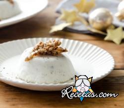Mousse de queso azul, dátiles y semillas caramelizadas