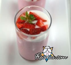 Mousse delicada de fresas