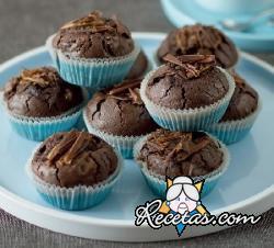 Muffins con peras y chocolate