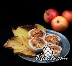 Muffins de manzana con cubierta crujiente