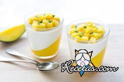 Panna cotta de mango