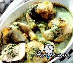 Patitas de pollo rellenas con hierbas