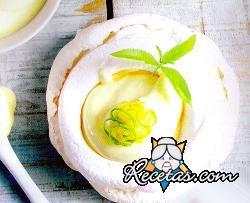 Pavlova con crema de limón